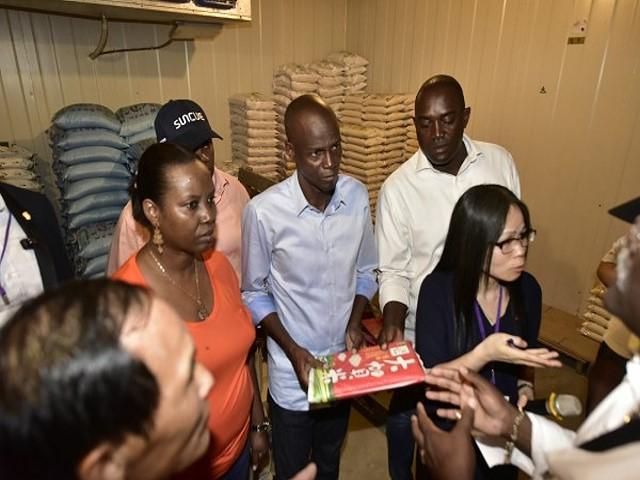 【媒體採訪】參訪大園米農場,海地總統:能引進有多好